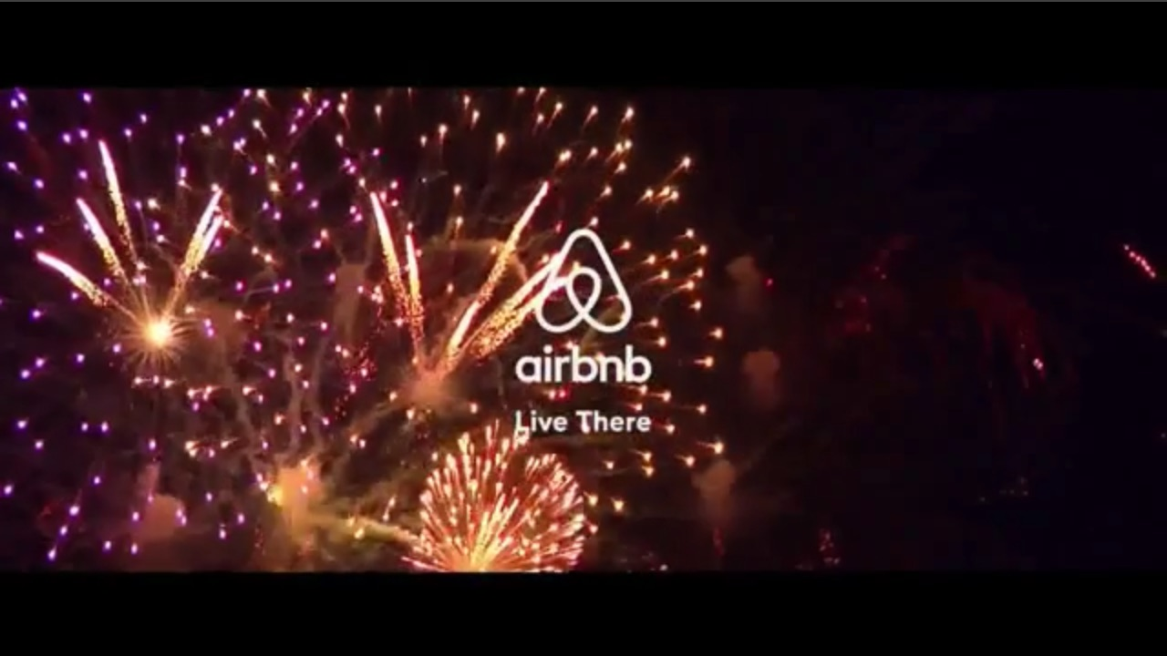 Airbnb – Live There
